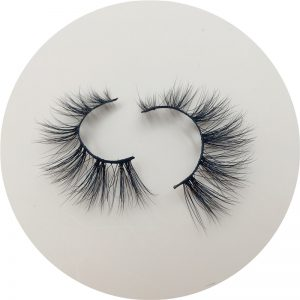 How To Conduct Online Eyelash Business Through YouTube?
