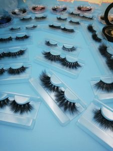 The Way To Apply Separate Mink Lashes On Your Own